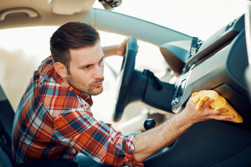 Checklista för invändig biltvätt
